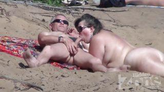 se faire sucer sur la plage